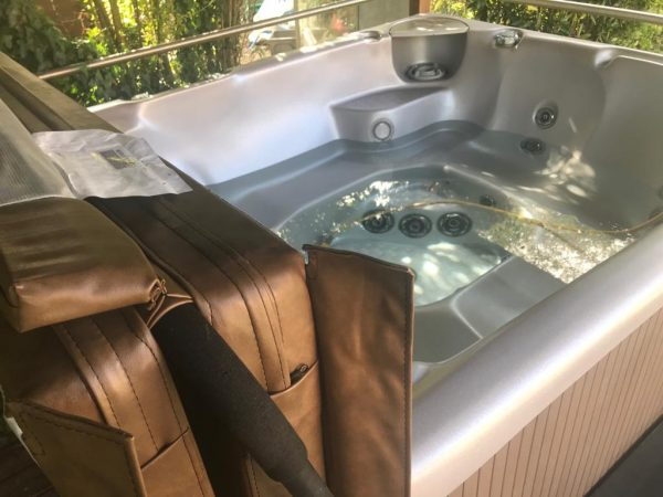 Hot Tub Cleaning Company Bedford   A6 Hot Tubs