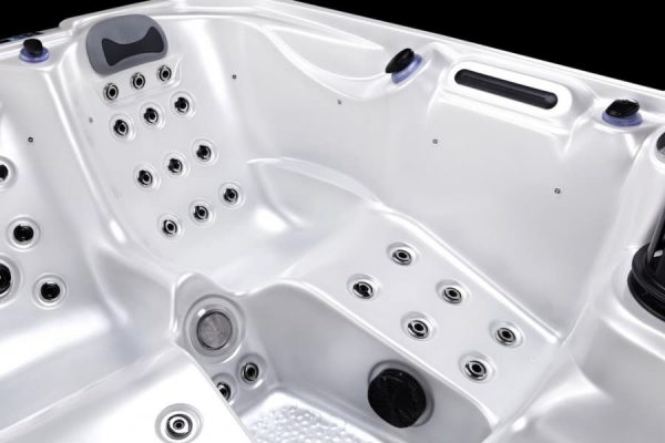 2 person hot tub for sale Bedford   A6 Hot Tubs