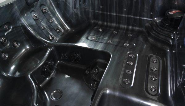 Thames 5 Seater Hot Tub   A6 Hot Tubs